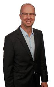Dr. Oliver Bernas